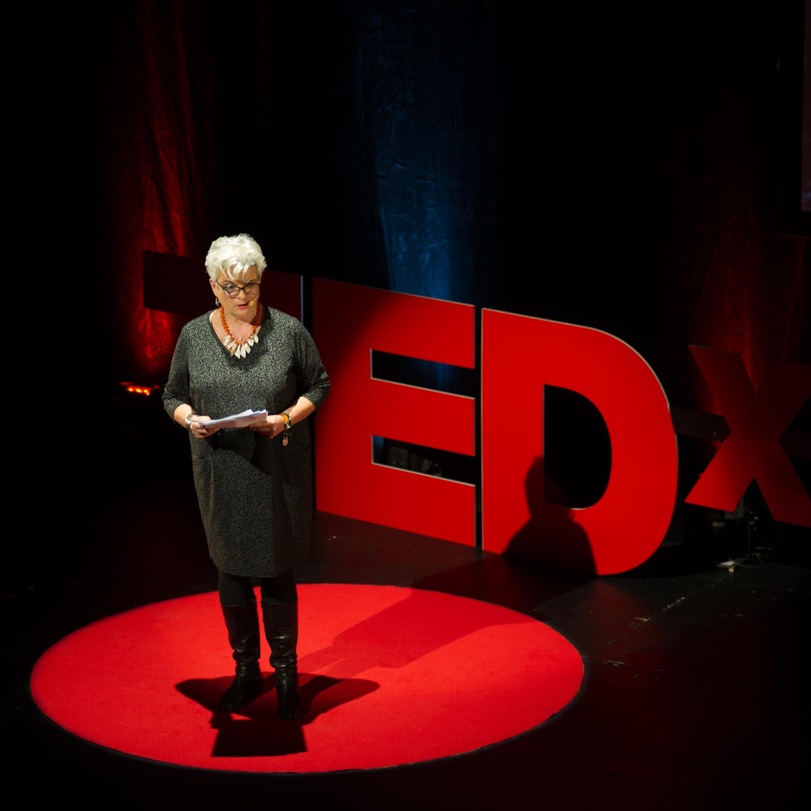 Le secret des entreprises à succès : l'envie ! Pascale Bégat au TEDx Belfort 2016